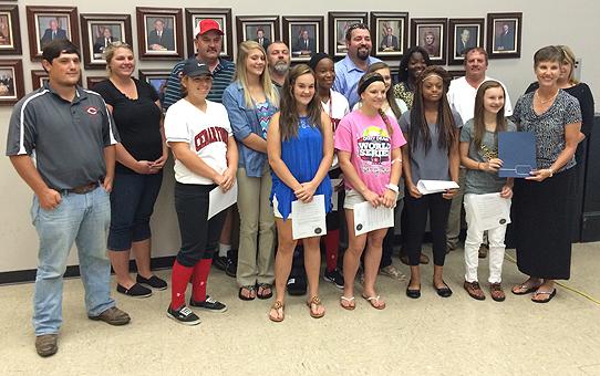 Cedartown softball at city commission