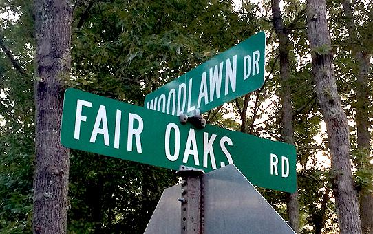 Fair Oaks Rd sign